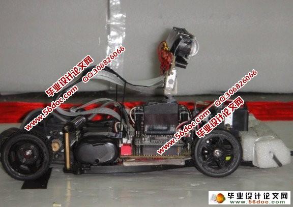 采用自制的h桥电路控制电机,使小车顺利完成比赛,并在此基础上通过